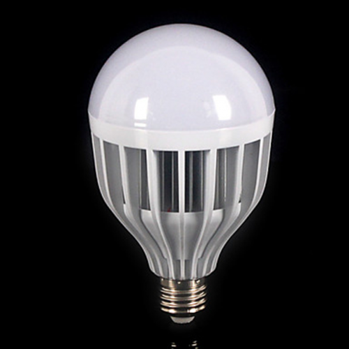 Bombilla GLOBO E27 LED 24W 230V